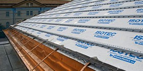 Tetto ventilato con isotec il termoisolante sottotegola - Materiale isolante per tetti ...